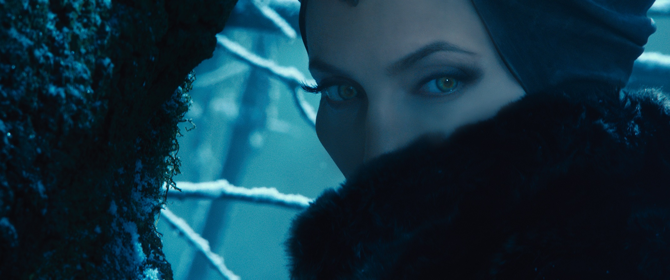 Maleficent - gaze